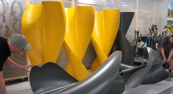 Windwokkel-van-composiet-productie-kleuren-lichtgewicht-robuust-Holland-Composites-1000x500