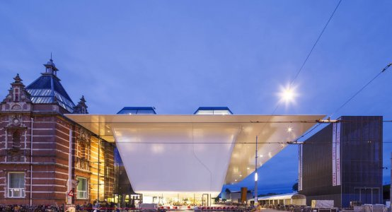 Benthem-Crouwel-Architects-AmsterdamComposite-facade-wallpanel-wall-panel-manufacturer-company-Stedelijk-Museum-Amsterdam-Holland-Composites-sidewall-overhang