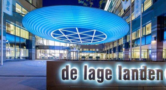 Holland-Composites-Lage-Landen-composiete-Canopy-entrance-roof-building-structure-manufacturer-company
