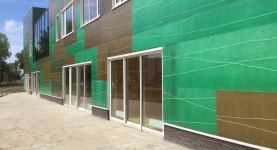 Holland-Composites-Raficlad-Composiet-gevel-beplating-wandpaneel-wallpanels-facade-fassade-brede-school-velsen-noord