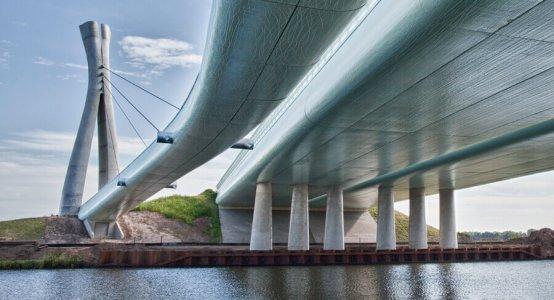 Holland-Composites-Raficlad-Composite-Carbon-manufacturer-company-Bridge-design-architecture-Mayor-Letschertbridge-Tilburg