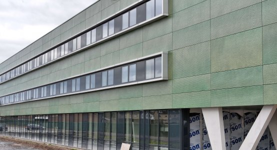 Holland-Composites-Raficlad-composiet-gevel-gevelbeplating-facade-wandpanelen-wallpanels-fassade-Nassaukazerne