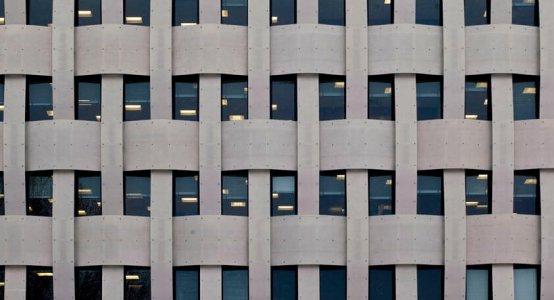 Holland-Composites-composiet-gevel-fabrikant-bedrijf-Raficlad-wandpaneel-Eemsmondgebouw-Delfzijl-vlechtwerk-buitenwand-design-vlechtwerk-wicker-wickerwork-facade-fassade-wallpanells-geflochtenen-bekleidung