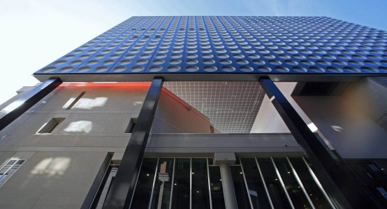 Holland-Composites-composiet-gevel-fabrikant-wandpaneel-gevelbekleding-Muziekpaleis-TivoliVredenburg-Utrecht-paneel-design-facade-gevelpanelen-fassade-bedrijf