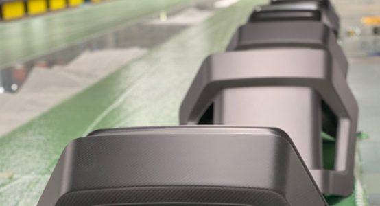 Carbon-epoxy-sandwich-stoel-luxe-jachten-tenderboten-pilot-seats-serieproduct-Holland-Composites
