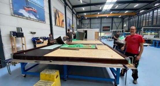 Een kijkje in de productiehal van Holland Composites- de ontwikkelaars en makers van Duplicor biobased brandwerend composiet